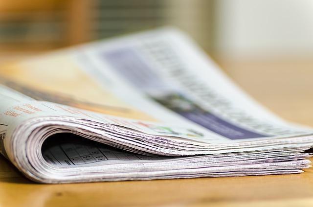 newspapers-444447_640